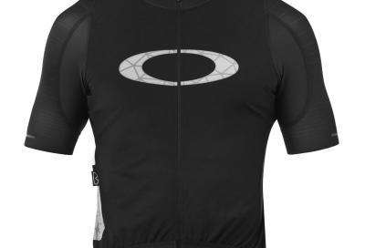 La maglia al Graphene firmata Oakley
