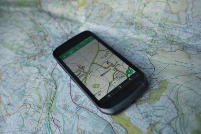 Lo smartphone per i viaggiatori avventurosi si chiama Explore