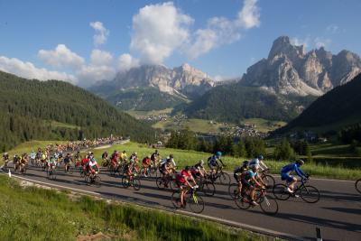 Per la Maratona Dles Dolomites è già domani