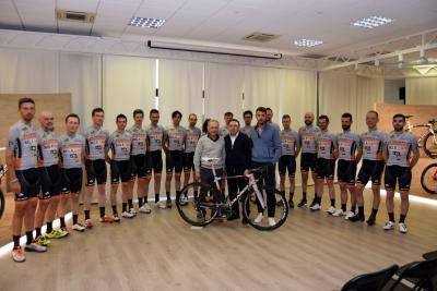 Nasce il team amatoriale Colnago - MG.K Vis