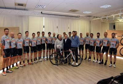 Nasce il team amatoriale Colnago - MG.K Vis