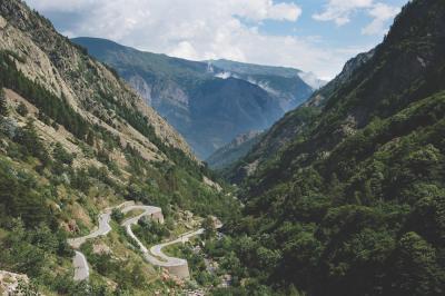Col de la Bonette: sfida a uno dei giganti del Tour