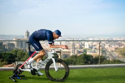 Ironman at home: Canyon sostiene la raccolta fondi di Jan Frodeno