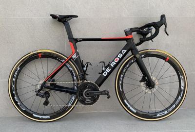 Ancora ruote Fulcrum sulle bici De Rosa del team Cofidis