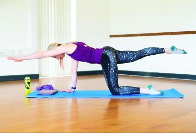 Più forte in sella: 6 esercizi di Pilates per core e schiena (VIDEO)
