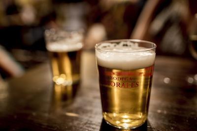 Birra e vino: amici o nemici del ciclista?