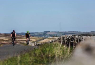 Come pedalare a lungo: i migliori consigli per principianti per raggiungere le 100 miglia
