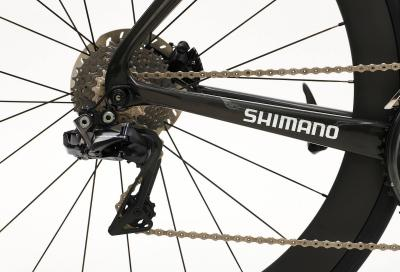 Come regolare il deragliatore posteriore e registrare le marce della tua bicicletta