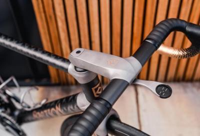 Il nuovo cockpit di Bastion Cycles: titanio stampato in 3D e fibra di carbonio