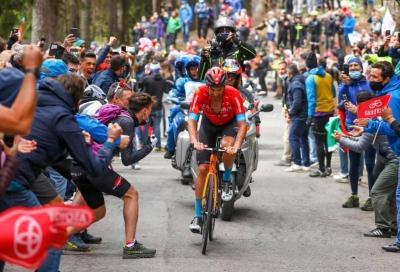 Giro d'Italia: tutti per Caruso