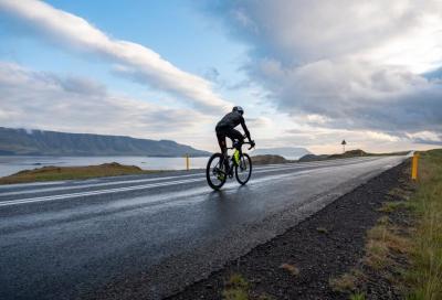 Il giro dell'Islanda in bicicletta: la sfida di Jake Catterall
